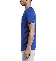 Nike Track & Field Chill HBR T-shirt ginnastica, Deep Royal